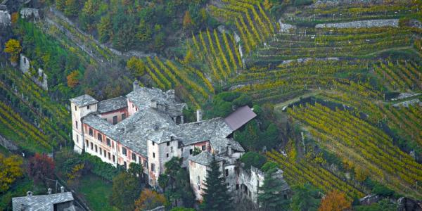 Arnad-castello-valleise